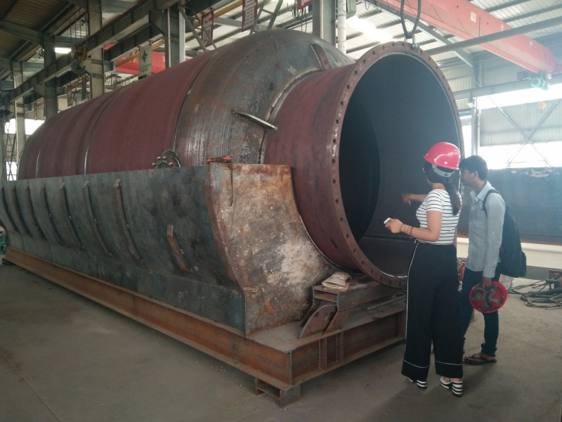 waste plastic to oil pyrolysis reactor